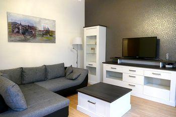eingerichtetes Wohnzimmer
